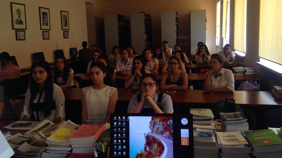 Պատանի պատմաբանների ակումբ՝  Հենակետային վարժարանում