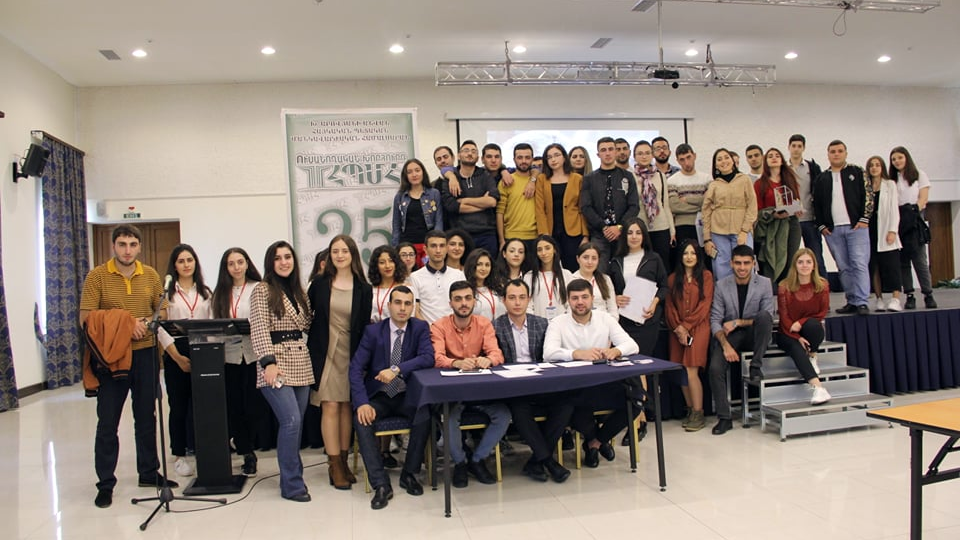 An interuniversity championship on the occasion of the 25th anniversary of ASPU Student Council