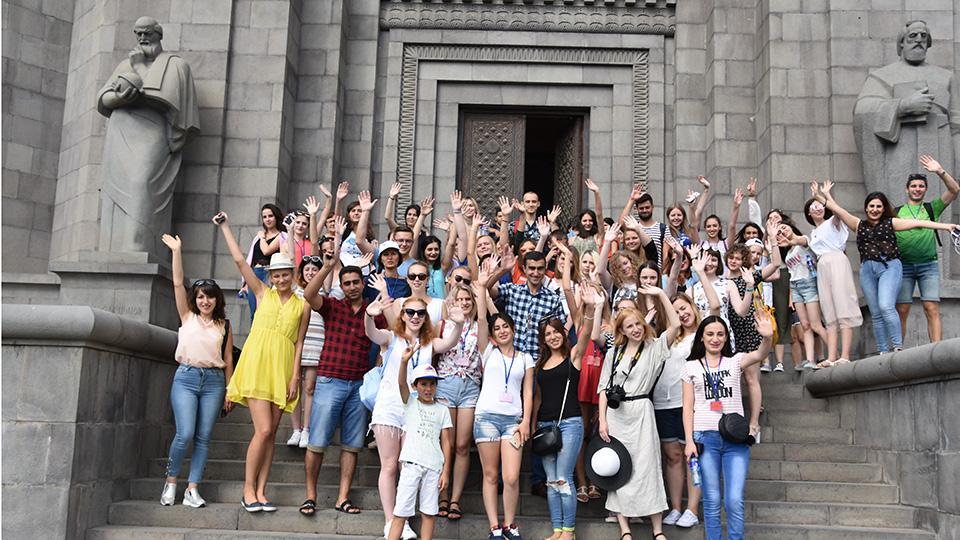 Ուսումնական գերհագեցած օր՝ միջազգային ամառային դպրոցում