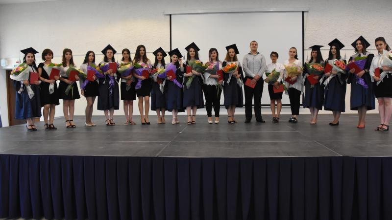 Ավարտական վկայական՝ 2417 շրջանավարտի