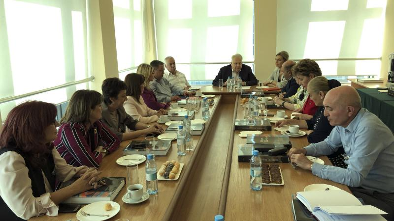 ASPU Rector meets principals of schools conducting internships