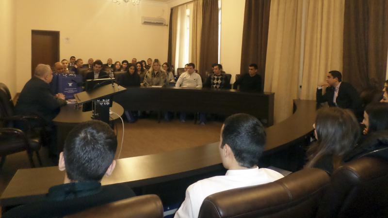 Տարեվերջյան հանդիպում ուսանողների հետ