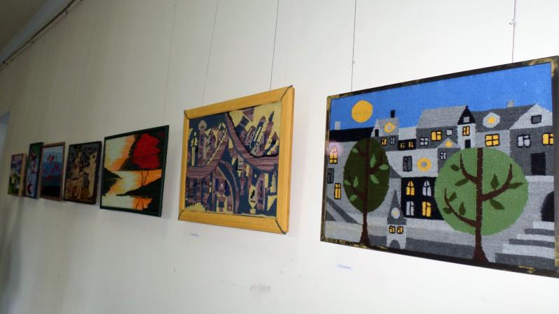 Tapestry exhibition: ASPU students show their works