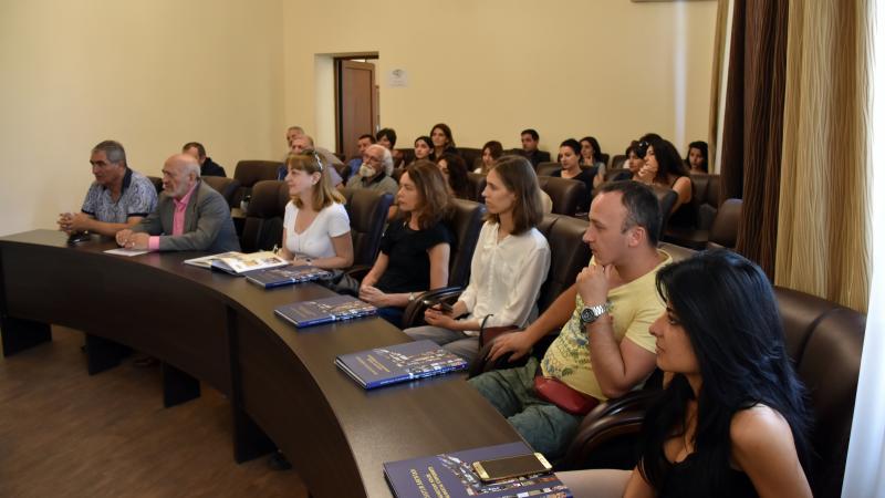 Գեղանկարիչների միջազգային պլեներ Մանկավարժականում